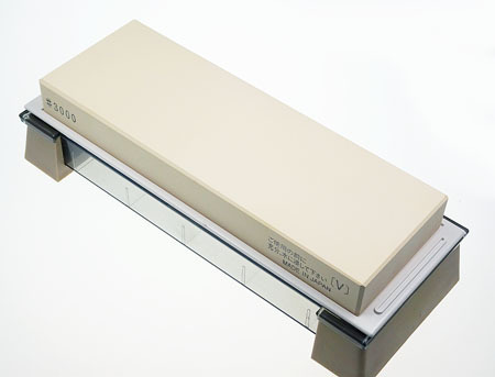 Cerax Sharpening Stone 3000 with base